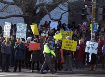 first parish members demonstrating